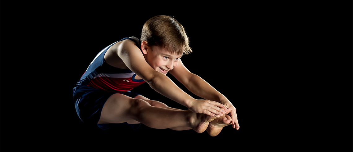 trampolinist-in-pike-position